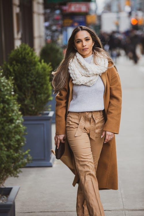 Модний шарф 2021 / pexels.com