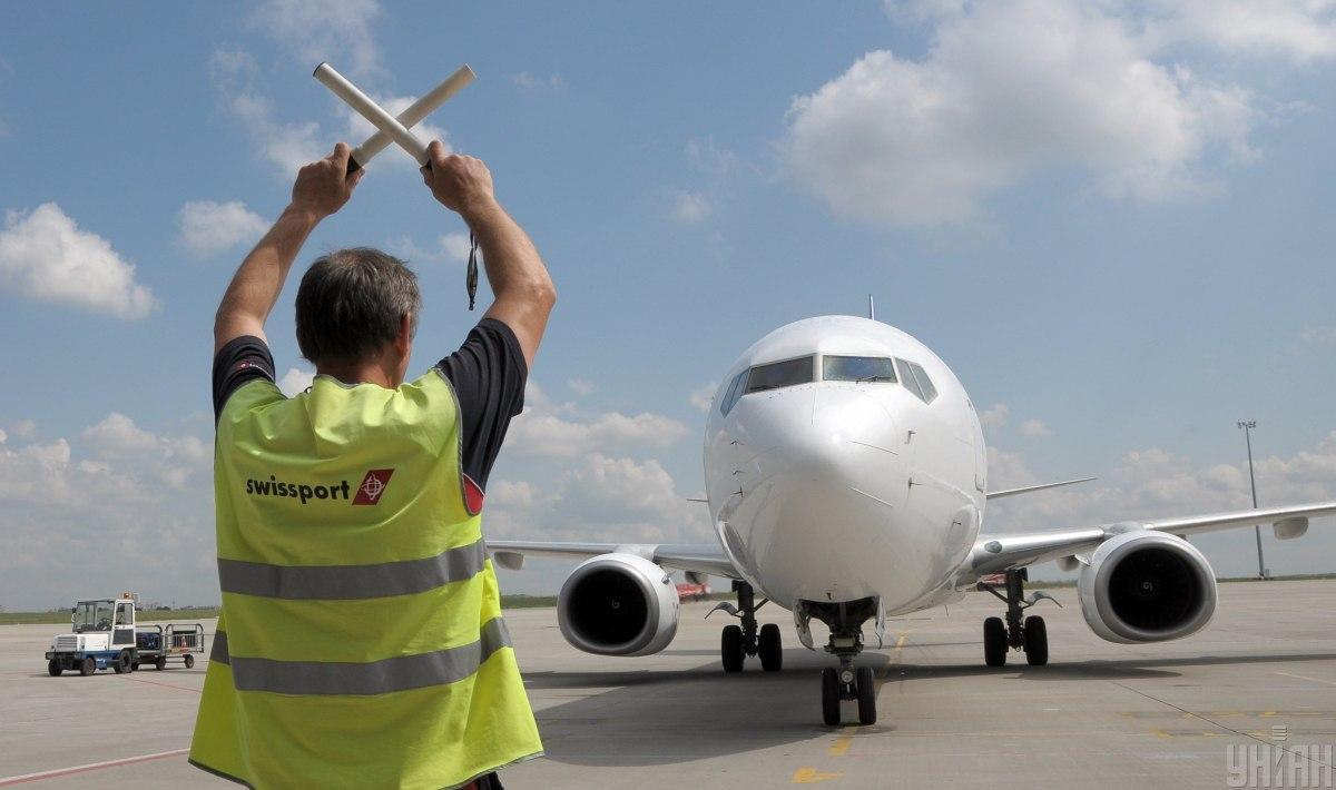 В аэропорту «Харьков» будут проходить обслуживание 400 самолетов Boeing и Airbus в год / иллюстративное фото УНИАН