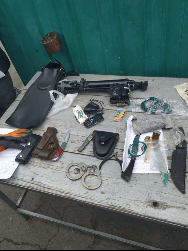 В Луганской области задержали женщину с опасными предметами / фото mvs.gov.ua