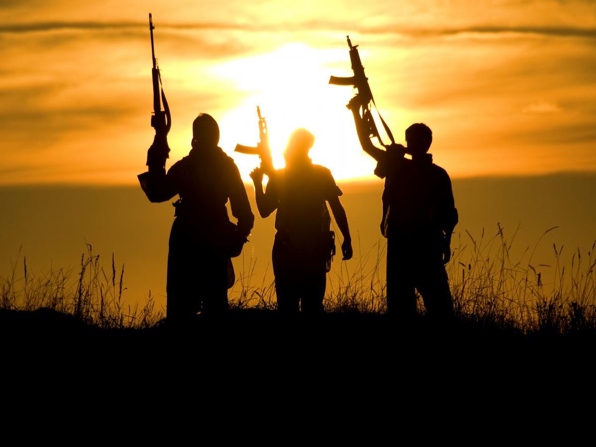Таліби назвали мертвих людей, чиї тіла виставили на загальний огляд, учасниками викрадення / фото ua.depositphotos.com