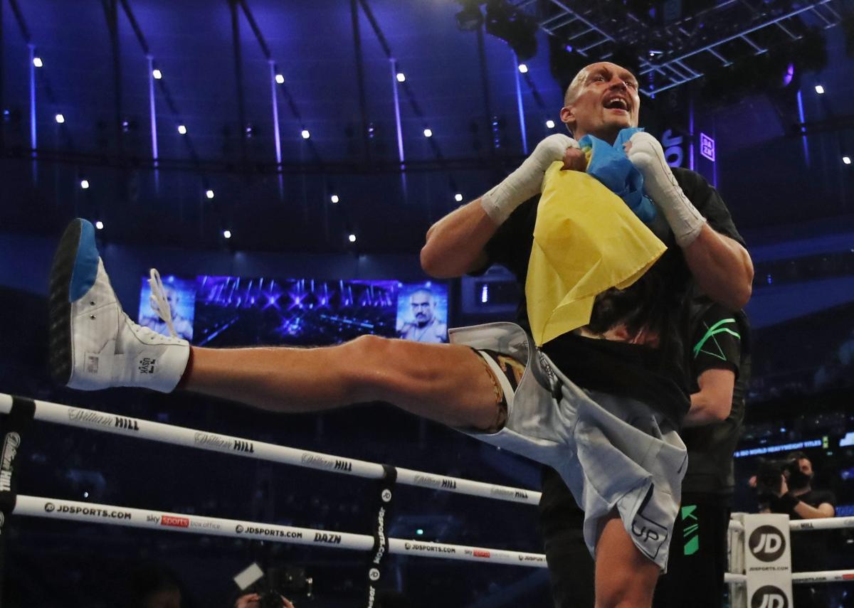 Олег Сенцов отреагировал на победу Александра Усика над Джошуа / фото REUTERS