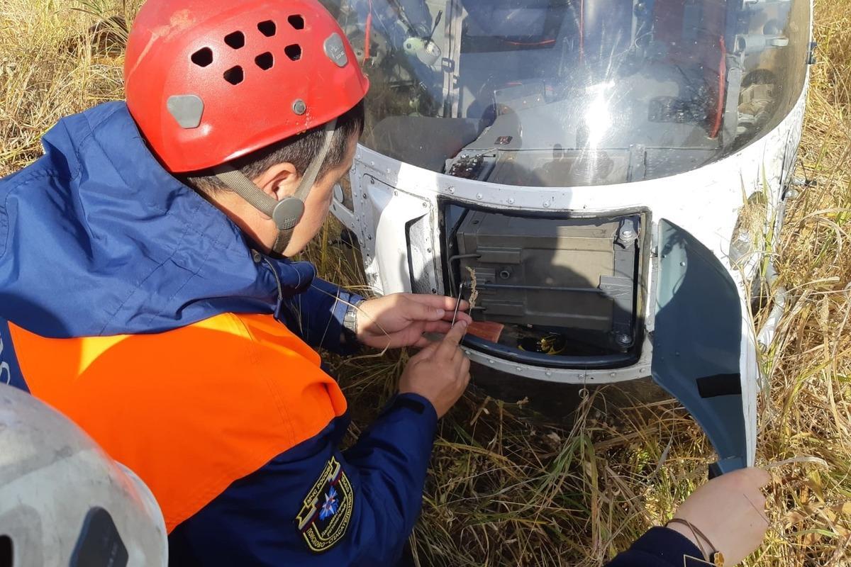 """На Камчатке вертолет """"угодил в ловушку"""" / фото 41.mchs.gov.ru"""