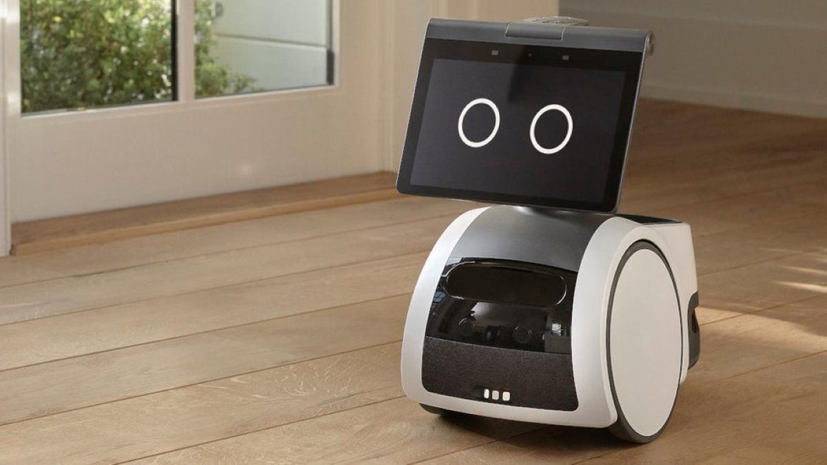 "Amazon створила першого ""домашнього"" робота / фото Amazon"