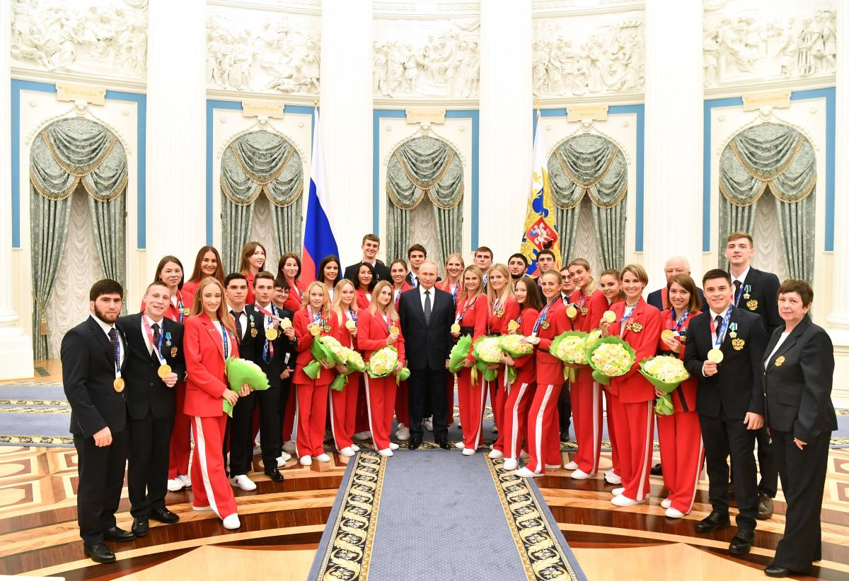 In Russia, they want to oblige athletes to pay compensation for moving to a foreign club / photo REUTERS