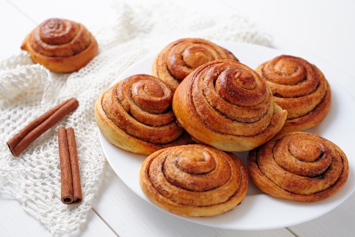 Рецепт аппетитных булочек с корицей / depositphotos.com