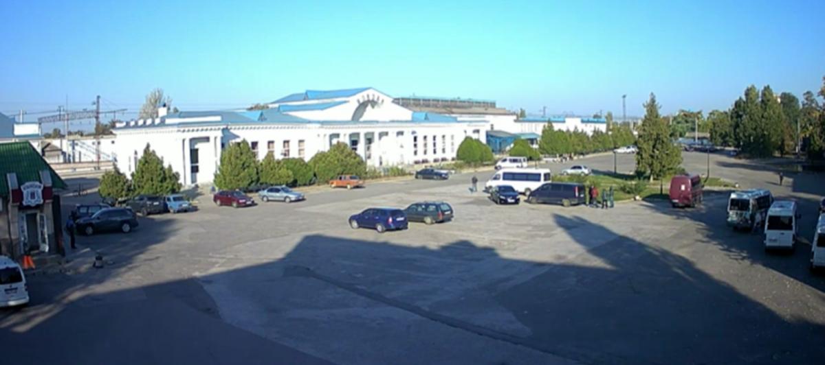Привокзальная площадь Мелитополя / скриншот видео