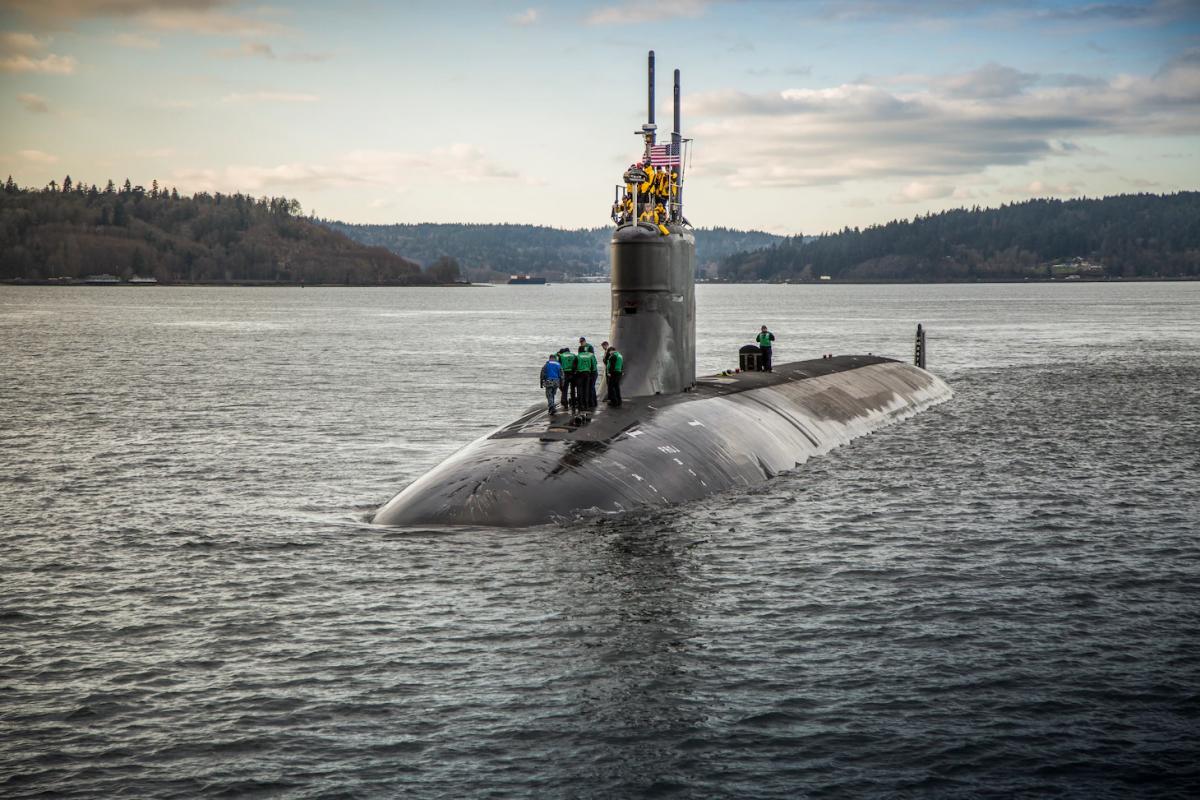 По словам военного ведомства,ядерная двигательная установка не пострадала и остается полностью работоспособной / фото U.S. Navy