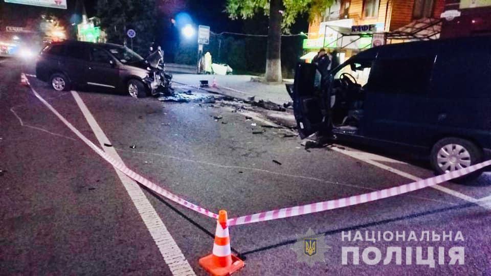 В результате ДТП с телесными повреждениями в больницу доставлены оба водителя \ фото if.npu.gov.ua