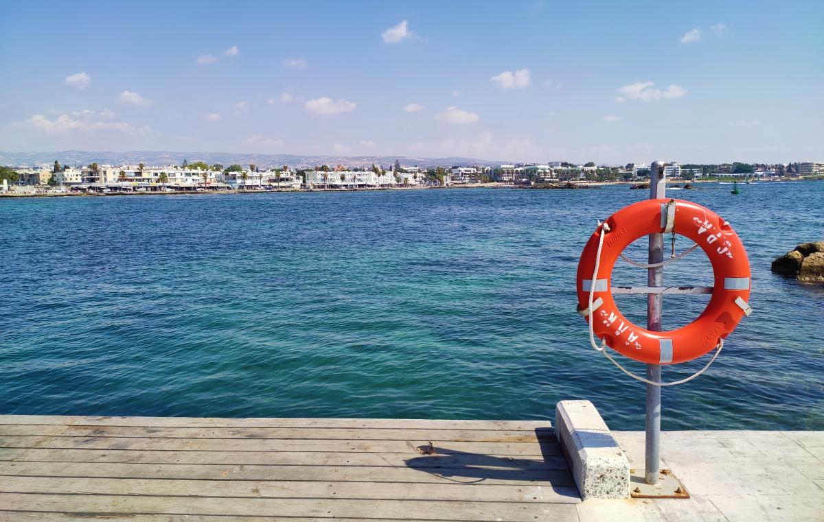 Найбільше ресторанів біля бухти Пафосу / фото Марина Григоренко