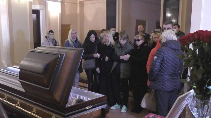 Похоронят народного депутата на местном кладбище «Яцево» / фото УНИАН