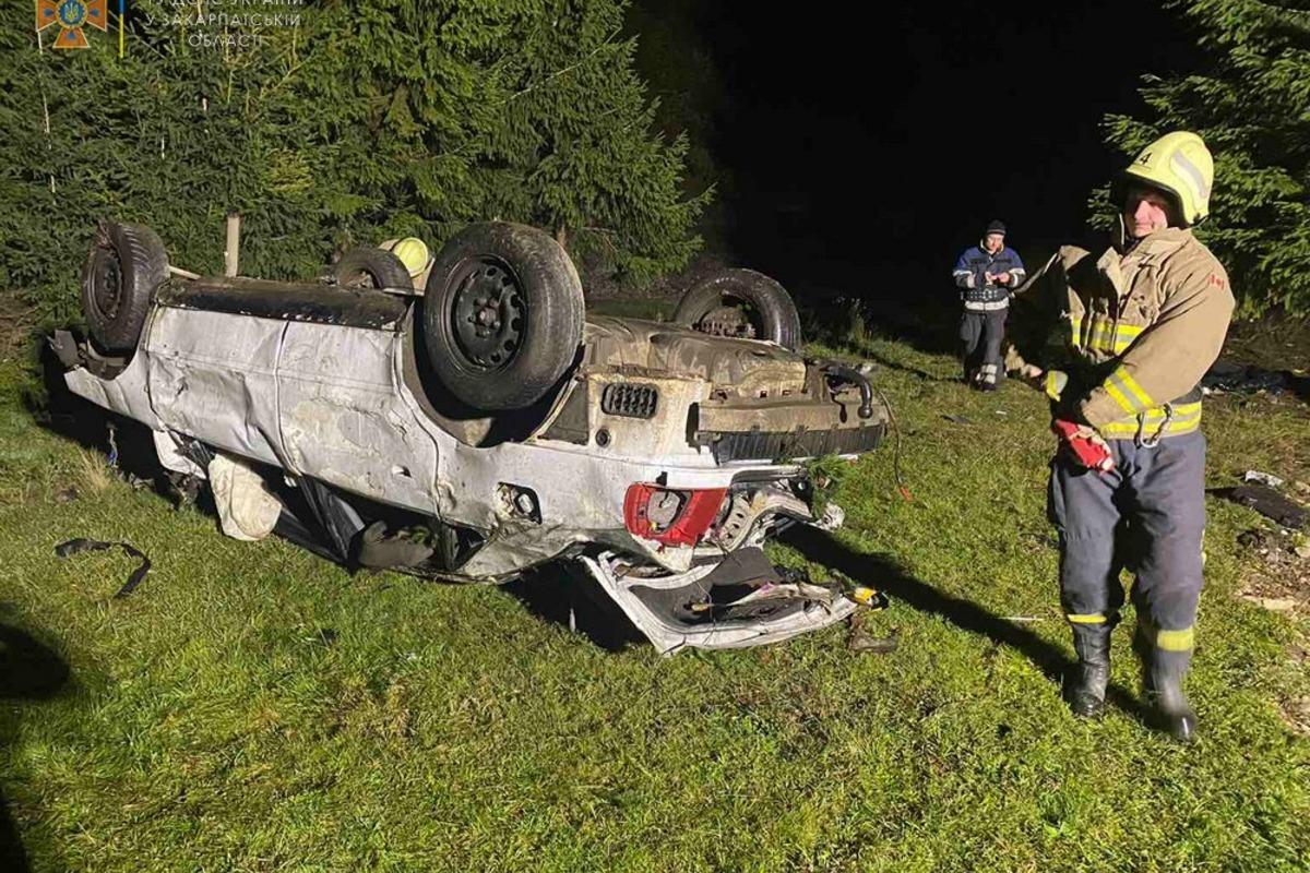 На Закарпатье в аварии погиб мальчик / фото zk.dsns.gov.ua