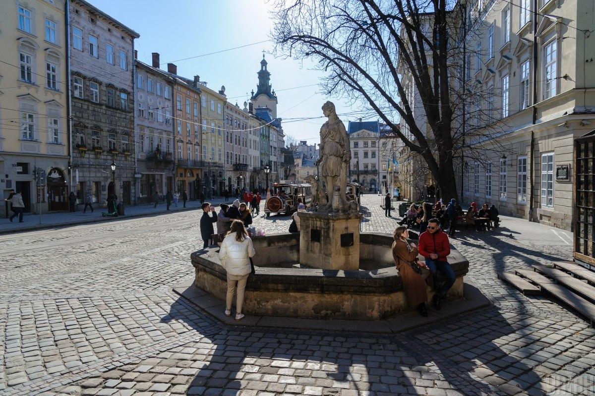 У Львові скоро серйозно посилять карантинні заходи/ ілюстративне фото УНІАН
