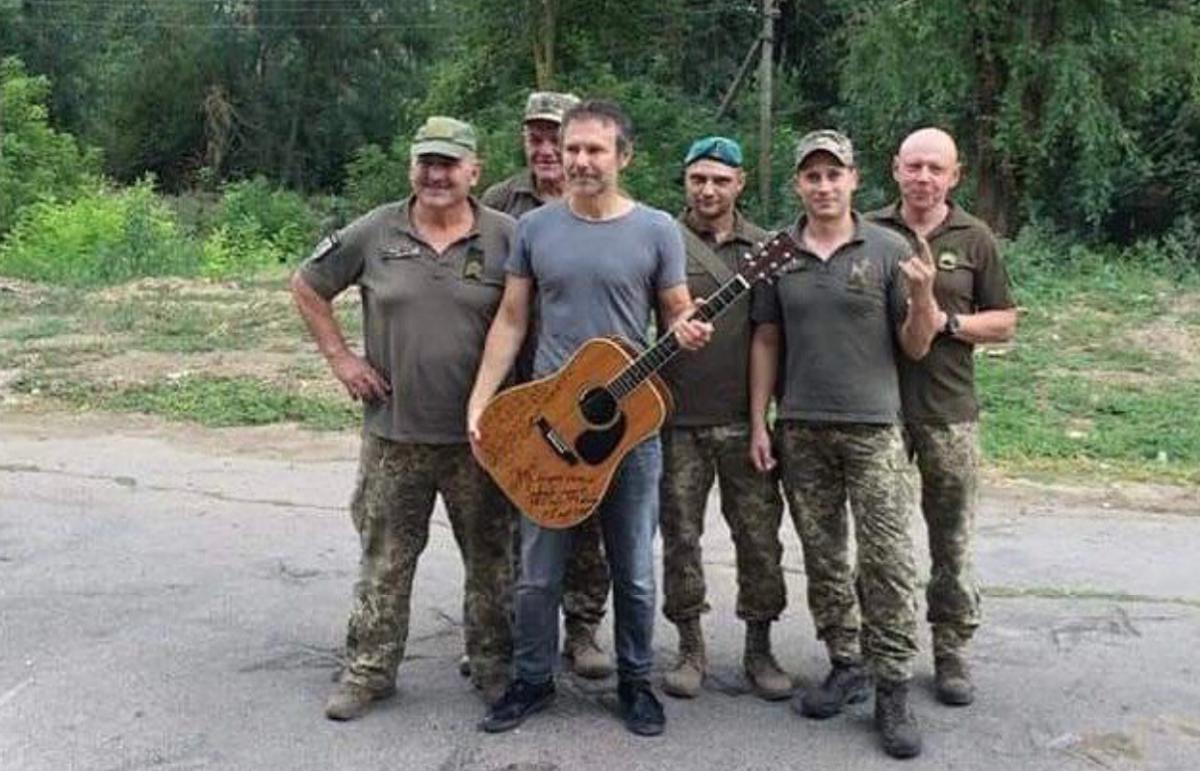 Вакарчук поздравил с Днем защитников и защитниц Украины / фото instagram.com/sviatoslav.vakarchuk