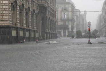 В Италии бушует шторм: Сицилию затопило (фоторепортаж, видео)