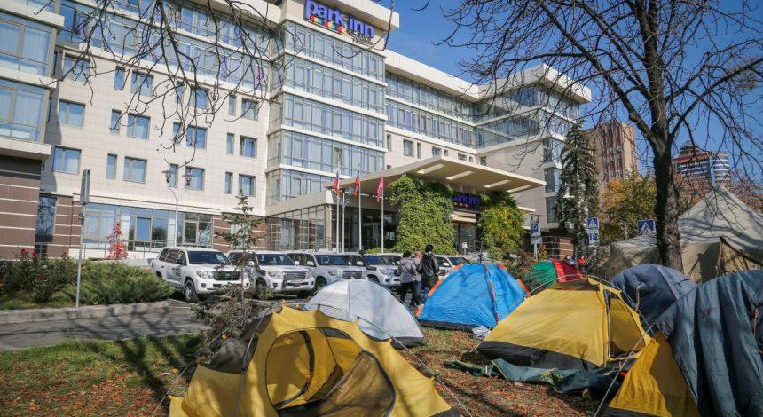 ОБСЄ призупинила моніторингову місію на Донбасі